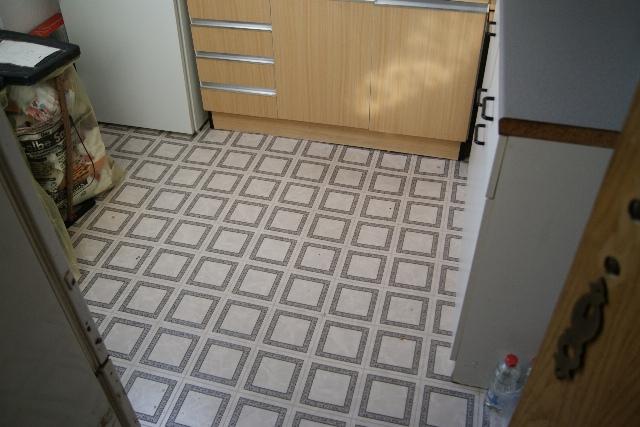 3-Zimmer-29331-Lachendorf-Küche Bernd. A. Binder Gutachter und Sachverständiger