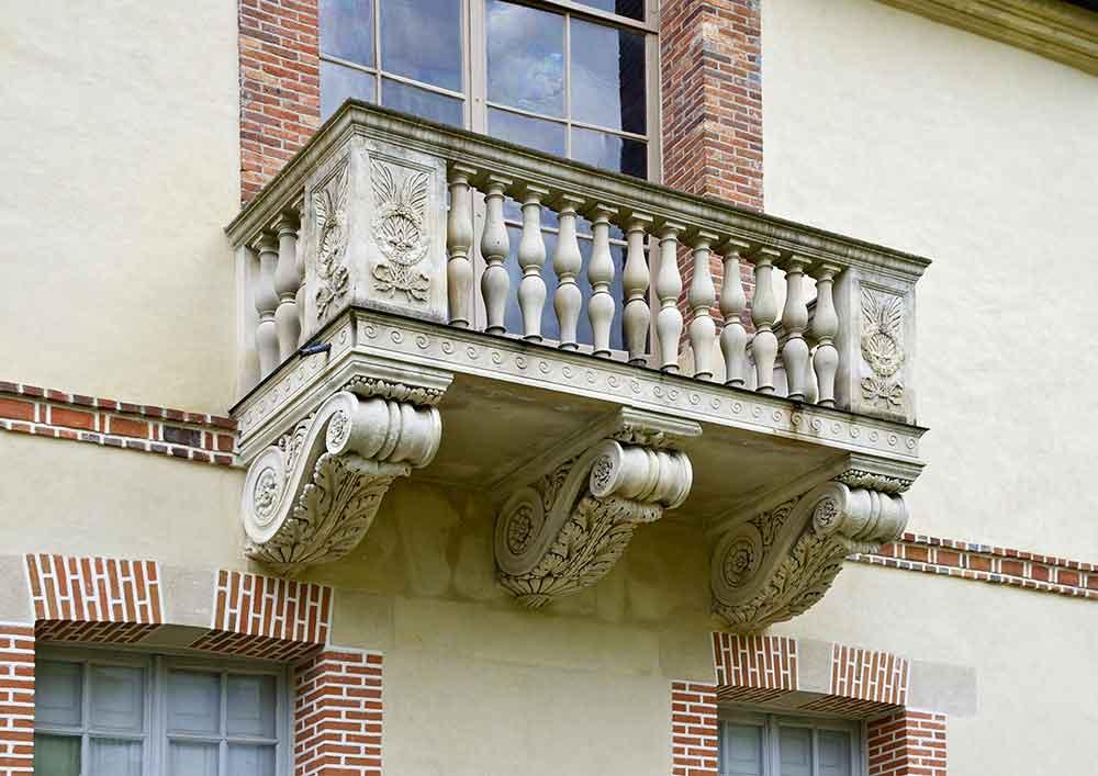 Balkon Balkonbrüstung Sachverständiger und Gutachter für Immobilien Bernd A. Binder
