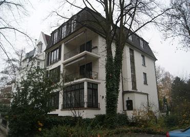 Mehrfamilienhaus in Hamburg Bernd. A. Binder Gutachter und Sachverständiger