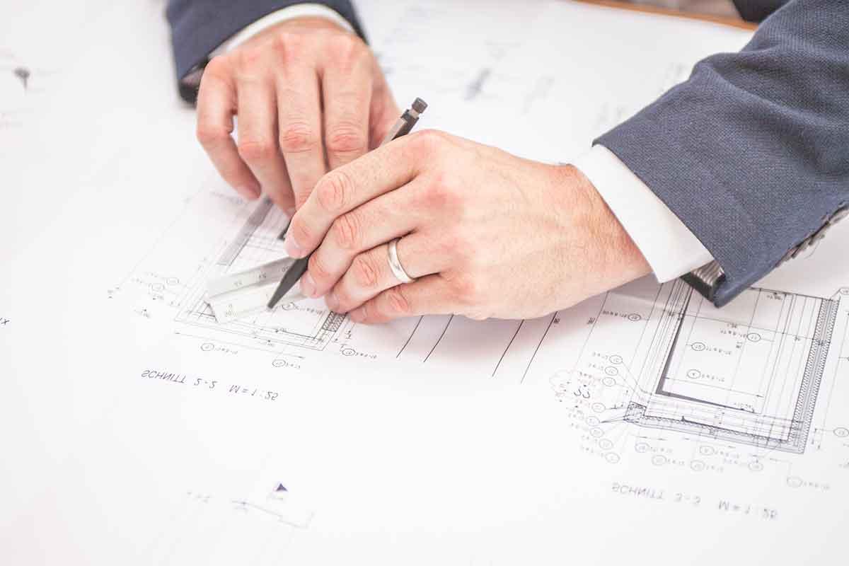 Bauaufnahme Sachverständiger und Gutachter für Immobilien Bernd A. Binder